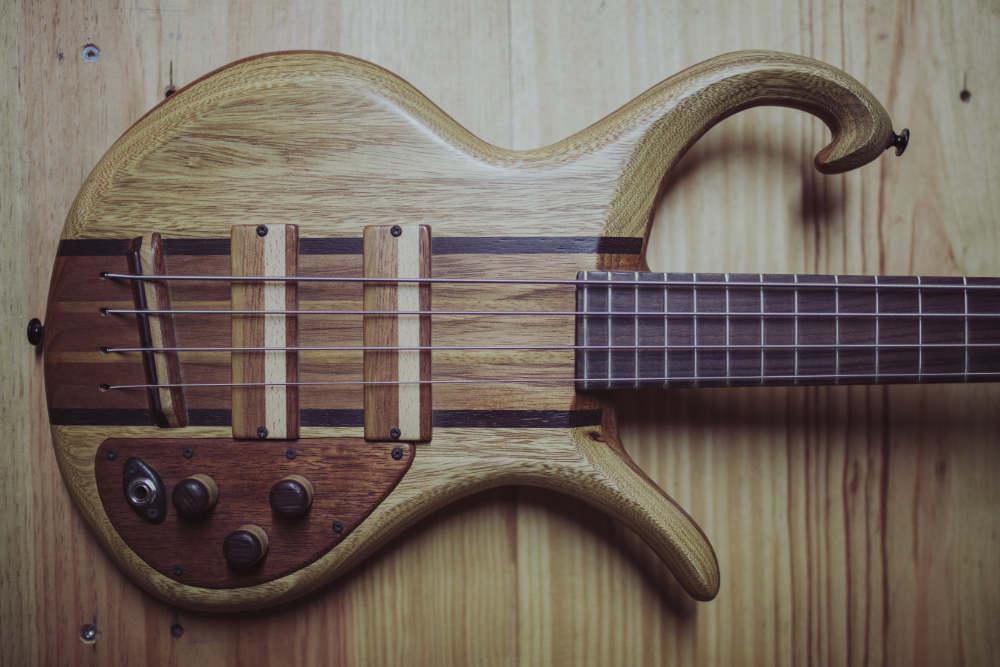 Triton Guitars-Magnetar1_16