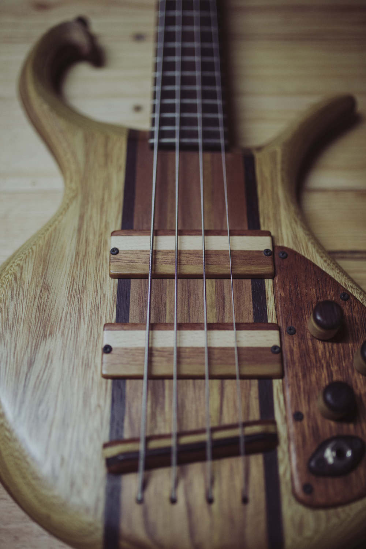 Triton Guitars-Magnetar1_3