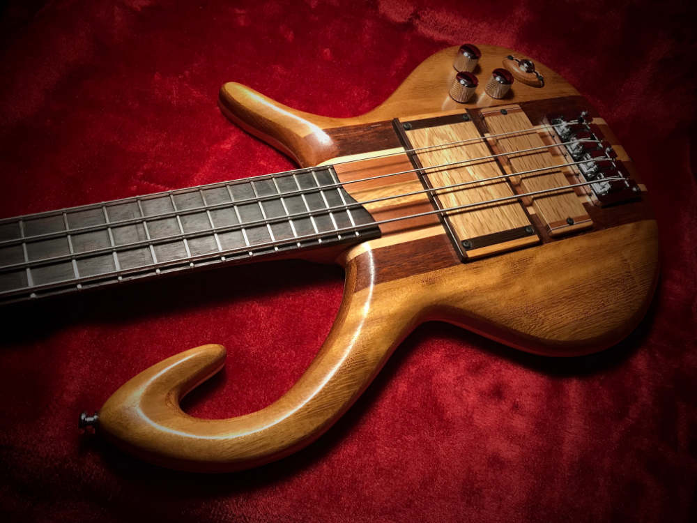 Triton Guitars-Magnetar2_6
