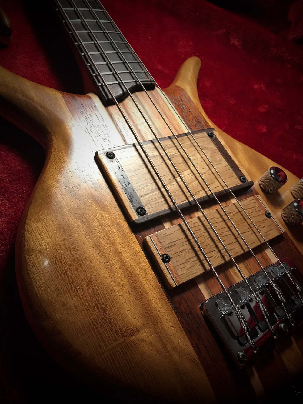 Triton Guitars-Magnetar2_7
