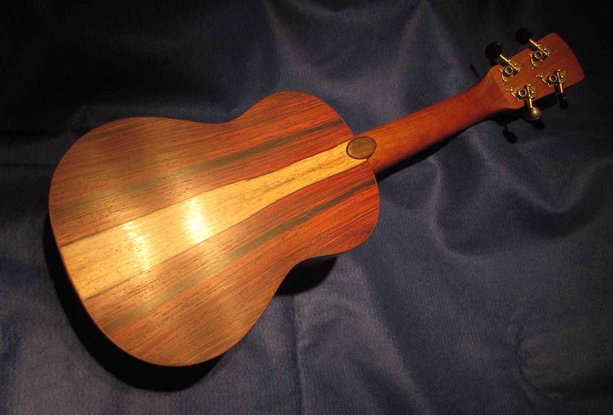 Triton Guitars-Ukelele_6