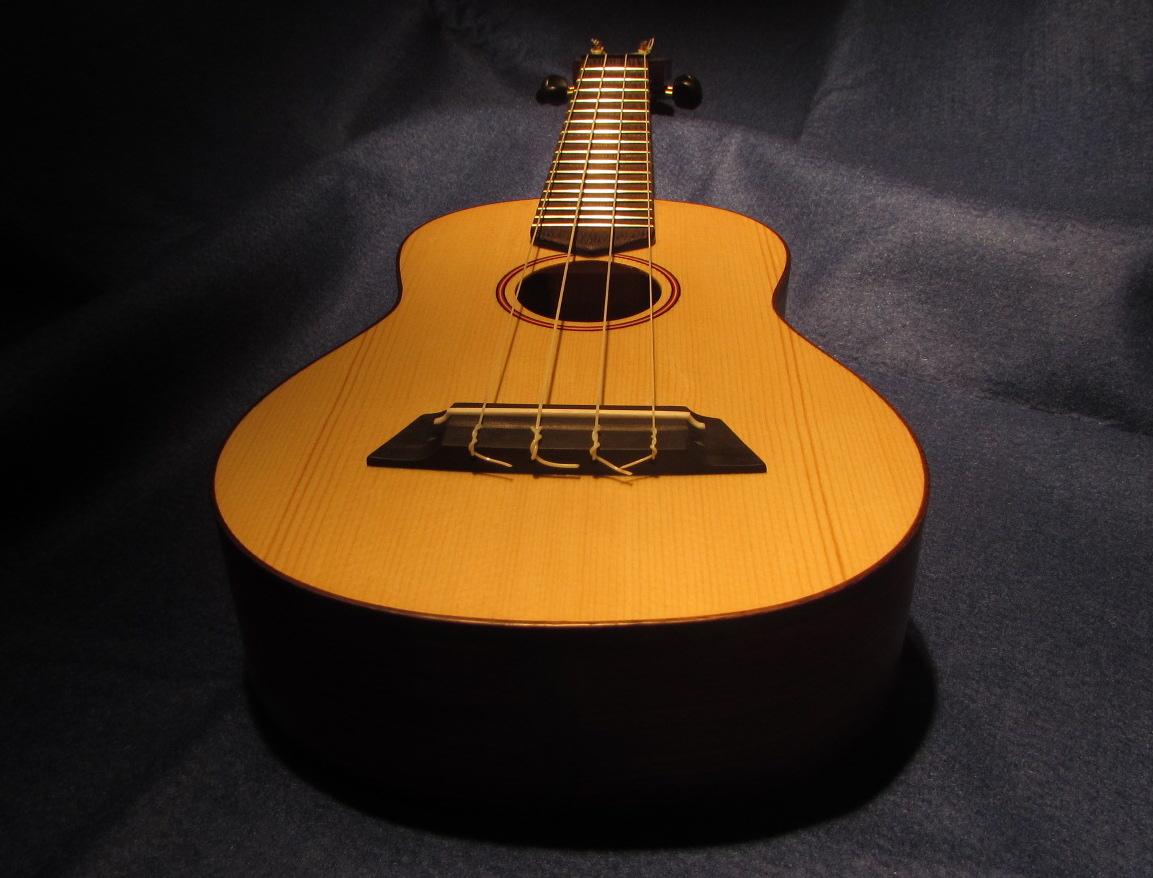 Triton Guitars-Ukelele_9