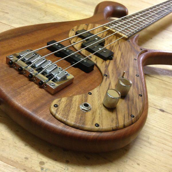 Triton Guitars-Blazar_4