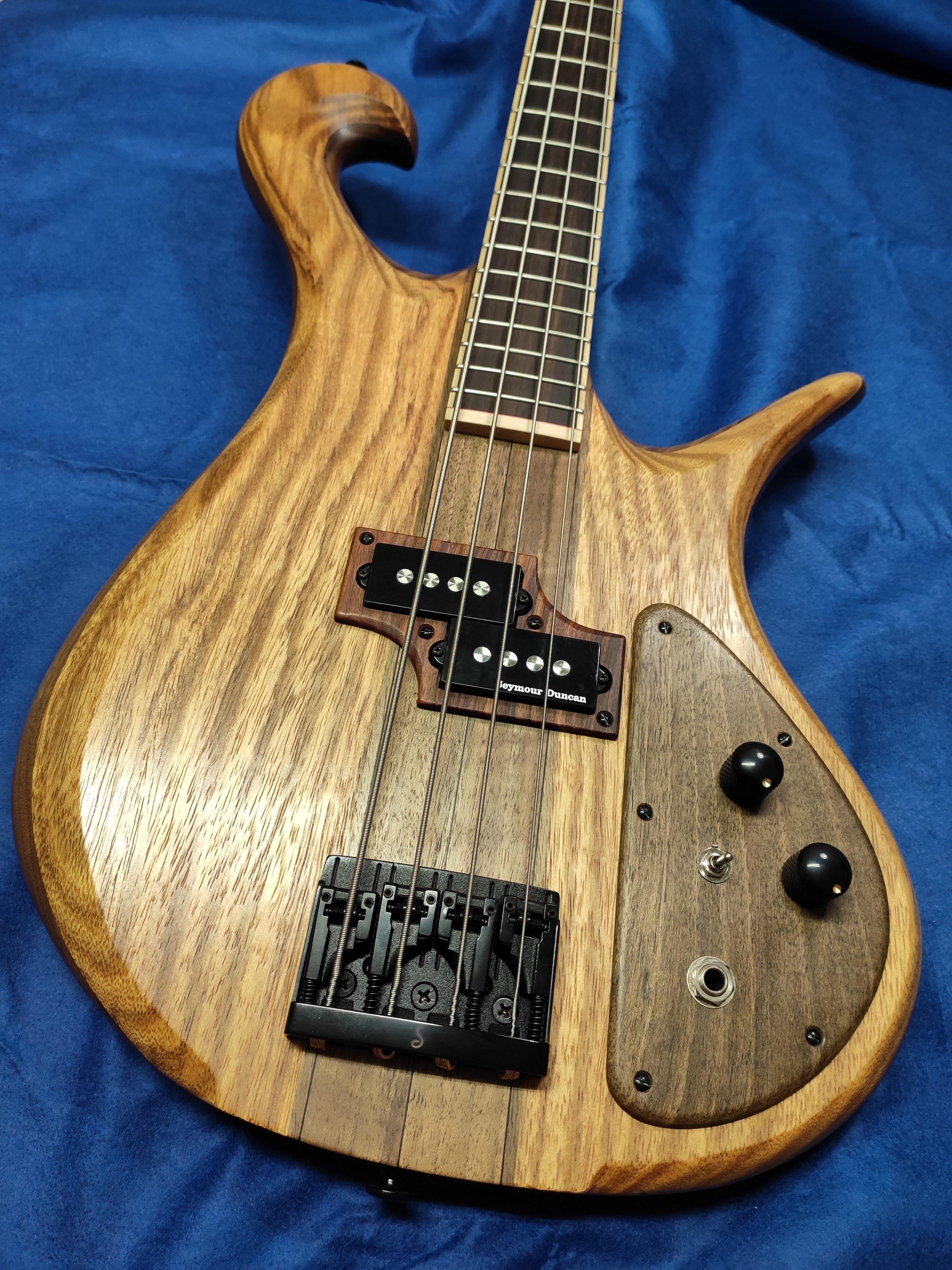 Triton Guitars-Tri-tone_10
